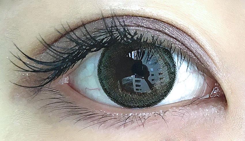 サニーブラウン片目/なな
